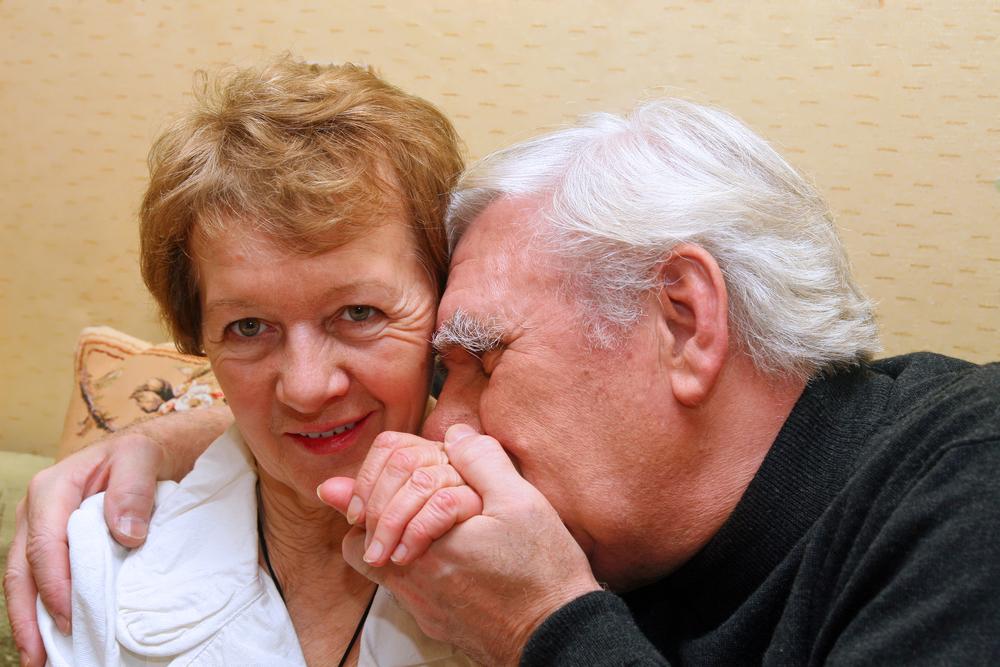 cómo cuidar una persona con Alzheimer