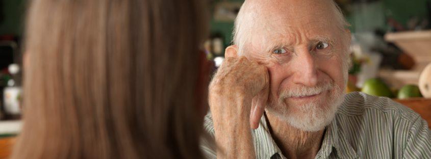 qué piensa una persona con Alzheimer